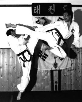 Freikampf im traditionellen Taekwon-Do